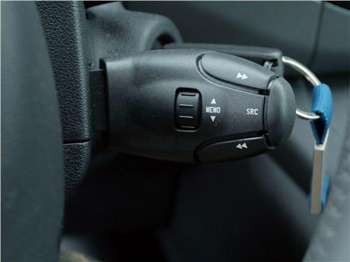 Peugeot Partner Tepee 2016 подрулевые лепестки