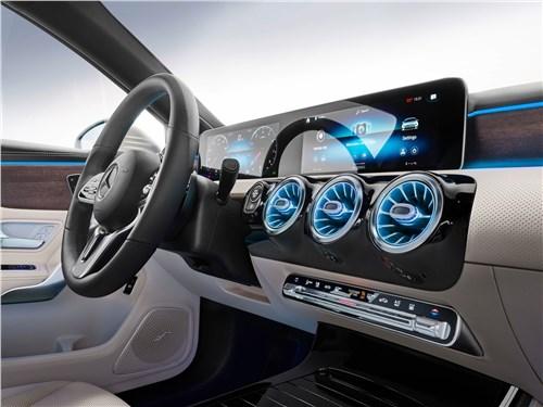Предпросмотр mercedes-benz a-class 2019 салон