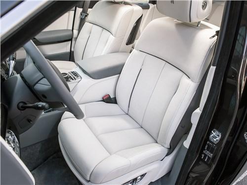 Rolls-Royce Phantom 2018 передние кресла