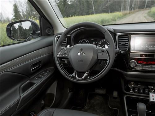 Mitsubishi Outlander 2018 руль