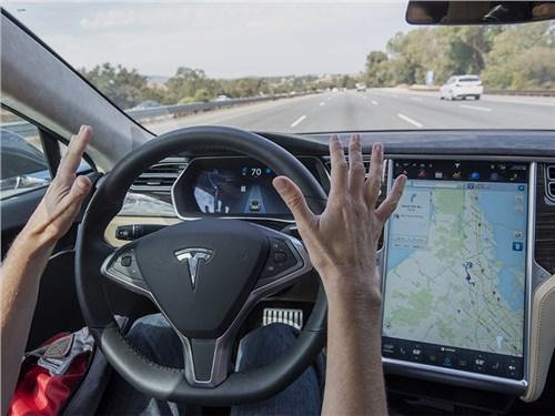 Новость про Tesla Motors - Автопилот Tesla научится распознавать светофоры и знаки