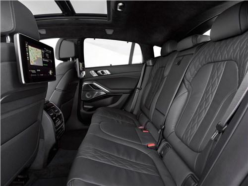 Предпросмотр bmw x6 m50i 2020 задний диван