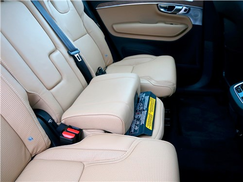 Volvo XC90 2020 задний диван
