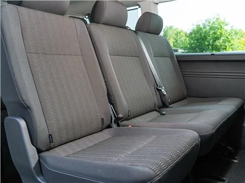 Volkswagen Caravelle 2015 диван второго ряда