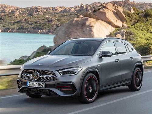 Полностью рассекречен новый Mercedes-Benz GLA