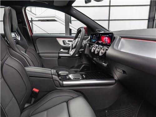 Предпросмотр mercedes-benz gla35 amg 2021 передние кресла