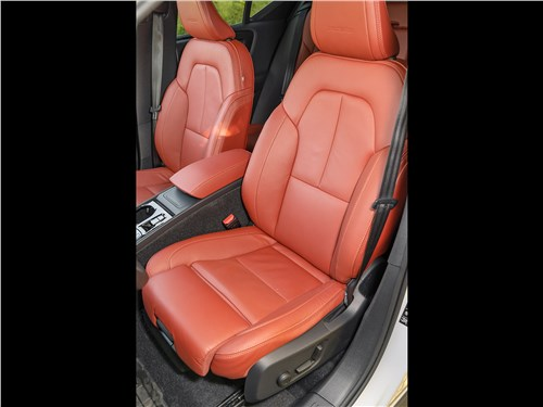 Предпросмотр volvo xc40 2018 передние кресла