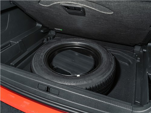 Предпросмотр citroen c5 aircross hybrid 2020 багажное отделение