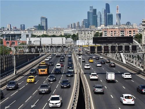 Московские пробки уменьшились из-за коронавируса