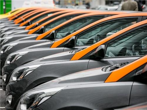 Каршеринг собираются наполнить российскими автомобилями