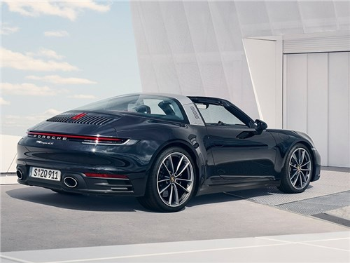 Представлена новая Porsche 911 Targa