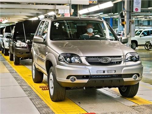 Новость про Lada - АвтоВАЗ вернул себе «Ниву»