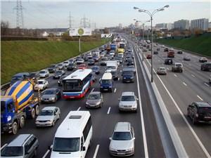 Законопроект о повышении лимита скорости на некоторых участах МКАД на финишной прямой