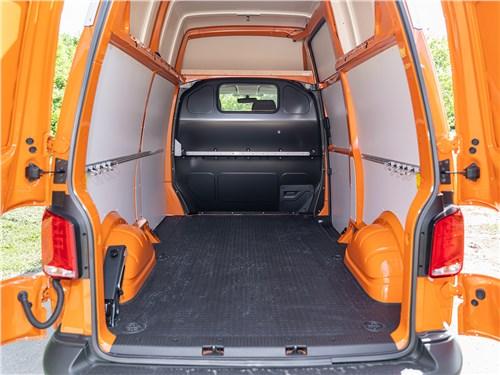 Volkswagen Transporter 2019 багажное отделение