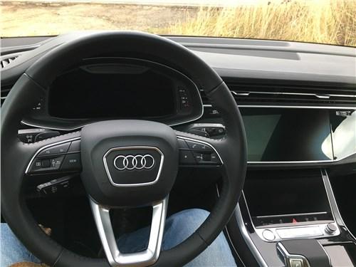 Audi Q7 (2020) руль