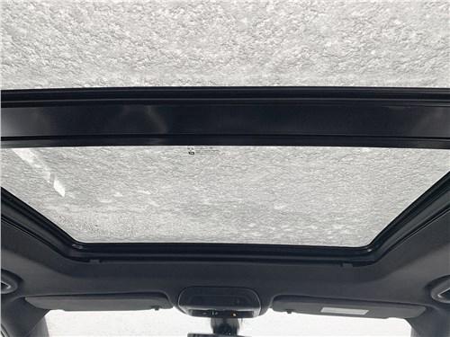 Cadillac XT6 (2020) панорамная крыша