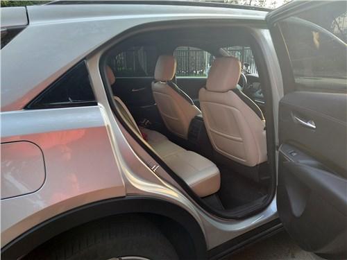 Cadillac XT4 (2019) второй ряд