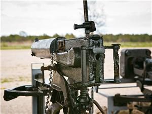 """Оружие победы – это не только танки и самолеты, но и вот такие допотопные пулеметы """"Максим"""""""