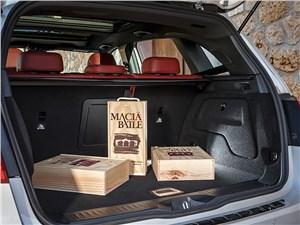 Mercedes-Benz B-Klasse 2015 багажное отделение