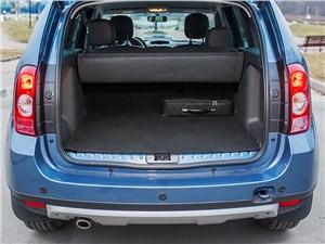 Renault Duster 2013 багажное отделение