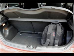 Kia Picanto 2015 багажное отделение
