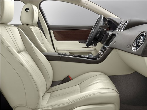 Предпросмотр jaguar xj 2016 передние кресла