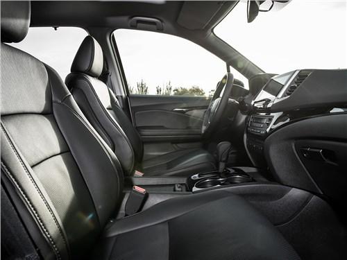 Honda Pilot 2016 передние кресла