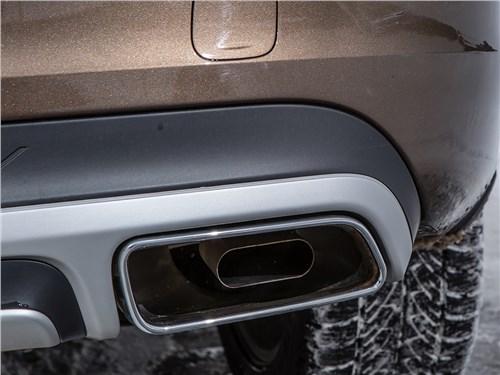 Volvo V60 Cross Country 2015 выхлопная труба