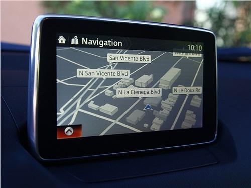 Mazda CX-3 2015 монитор