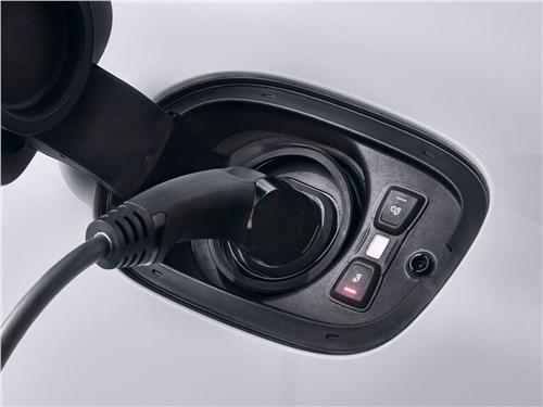 Предпросмотр porsche panamera 4 e-hybrid 2017 зарядка