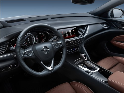 Предпросмотр opel insignia sports tourer 2018 салон
