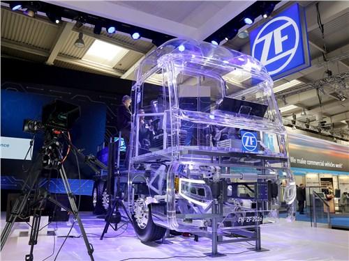 Прозрачный грузовик ZF