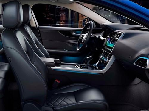 Предпросмотр jaguar xe 2020 передние кресла