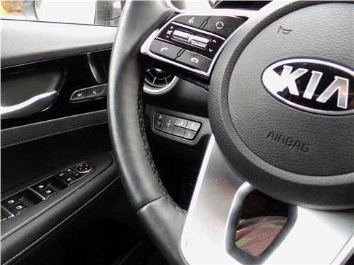 Kia Cerato 2019 руль