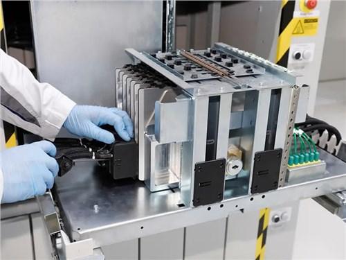 Volkswagen запустил производство батарей для электромобилей