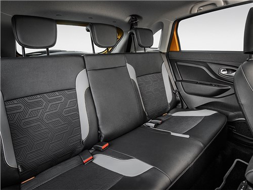 Lada Xray Cross 2019 задний диван