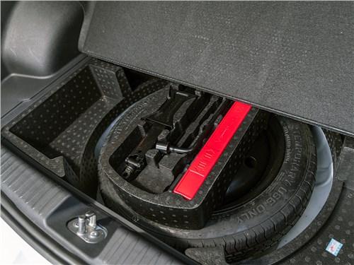 FAW Besturn X40 2017 багажное отделение