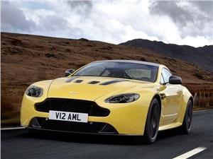Обновленное купе V12 Vantage S от Aston Martin разгоняется до 330 км/ч