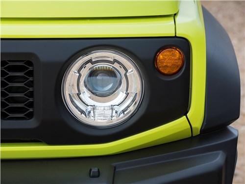 Suzuki Jimny 2019 передняя фара