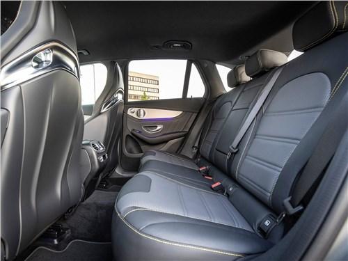 Предпросмотр mercedes-benz glc63 s amg 2020 задний диван