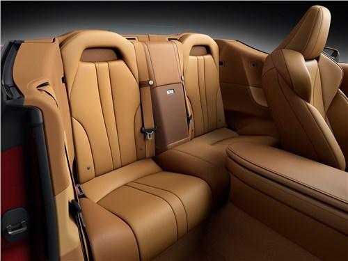 Предпросмотр lexus lc 500 convertible 2021 задние кресла