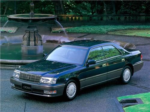 Toyota Crown и Mark X:будущее есть