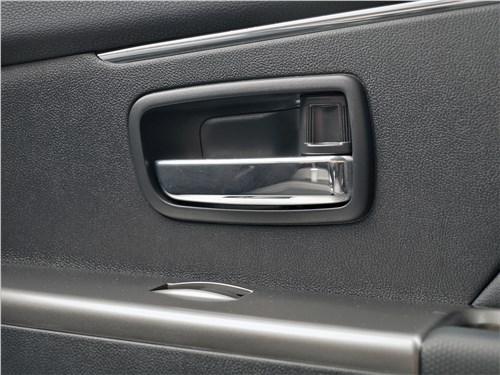 Предпросмотр mitsubishi asx 2020 дверная ручка
