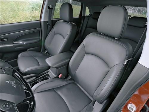 Mitsubishi ASX 2020 передние кресла