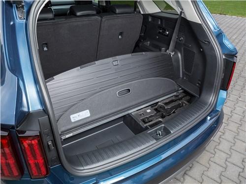 Kia Sorento (2021) багажное отделение