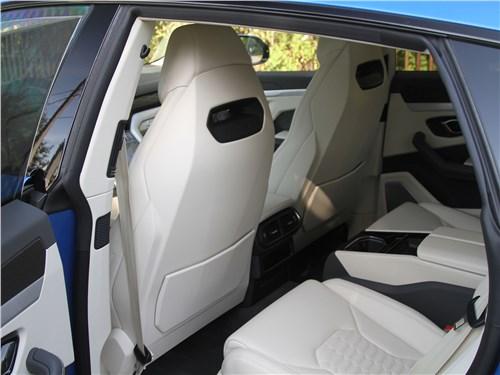Lamborghini Urus (2019) задний диван