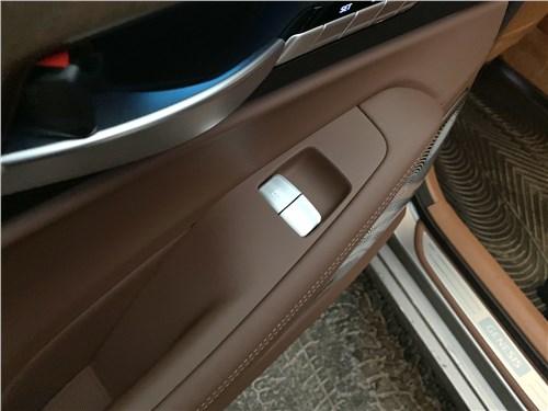 Genesis G90 L (2020) дверь