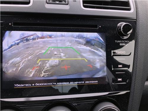 Subaru WRX Sport (2018) монитор