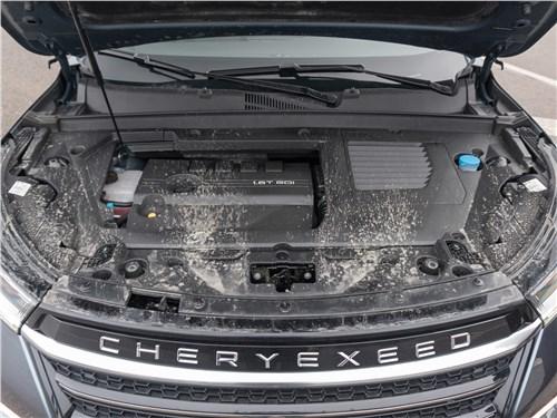 Предпросмотр cheryexeed vx (2020) моторный отсек