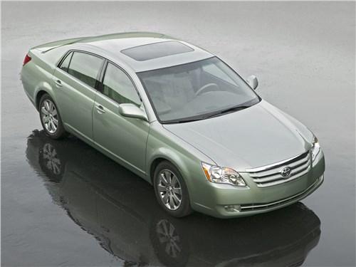 Toyota Avalon XLS (2006) вид сверху